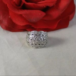 Jewelry - Stunning, solid, sterling silver CZ ring, size 7